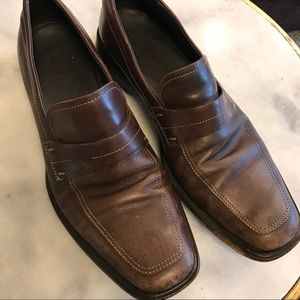 ❗️3 / $20❗️ Boss leather slip-on shoes